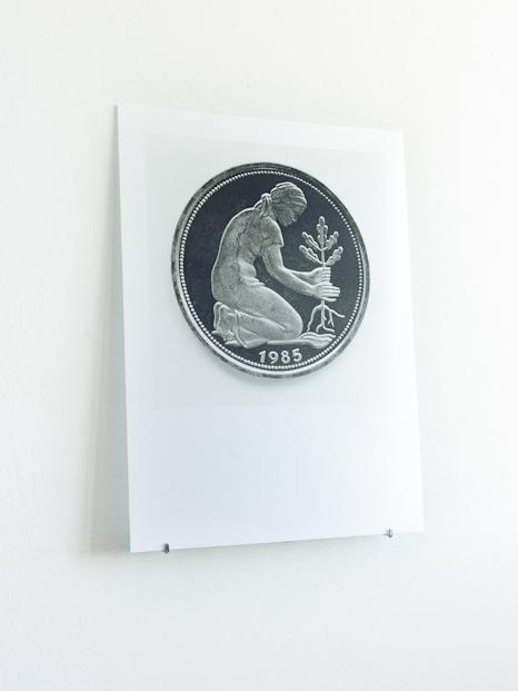 glass, japanese silk paper, silver gelatin, 60 x 80 cm.