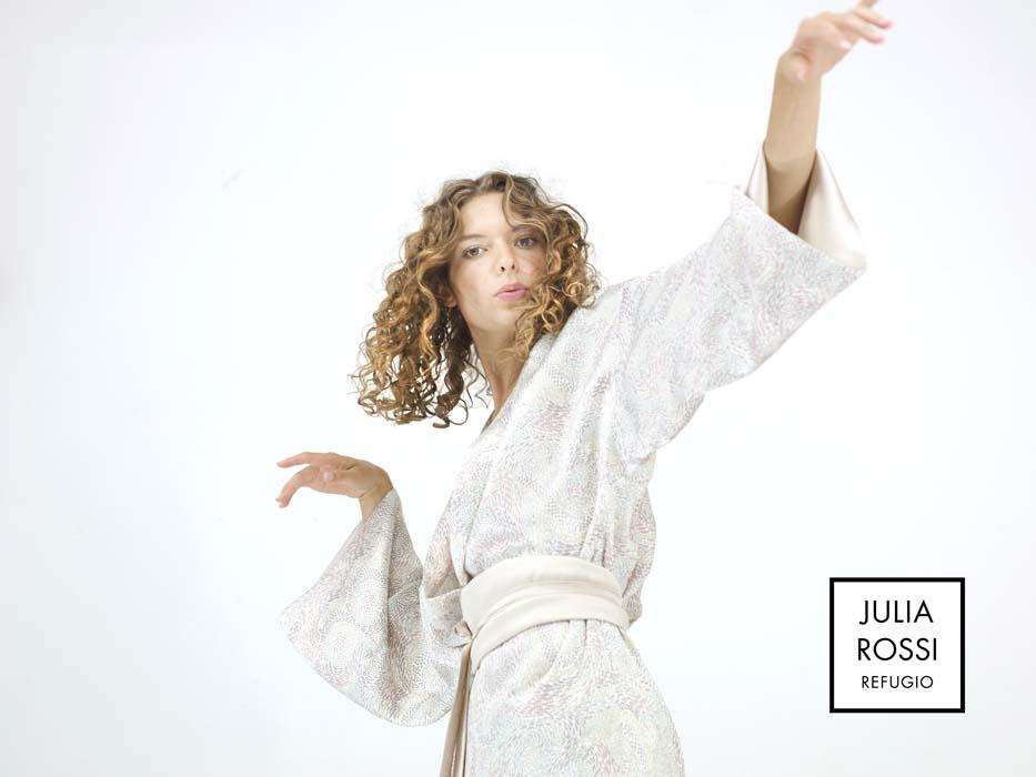 advert of a Julia Rossi silk kimono